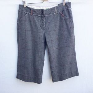Anthropologie Ett Tva plaid shorts w/embroidery.